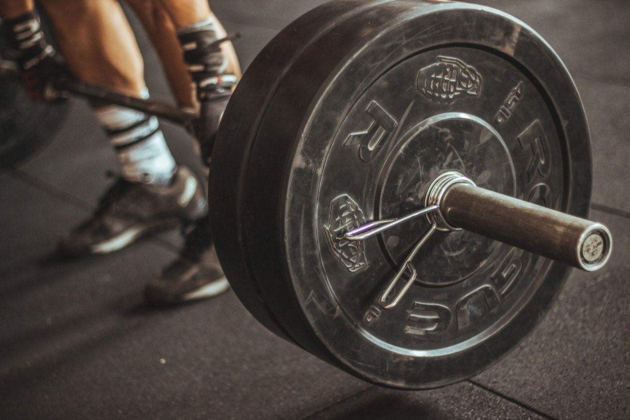 athlete-barbell-bodybuilder-949128